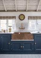 Impressive farmhouse country kitchen decor ideas 42