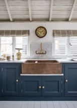 Impressive farmhouse country kitchen decor ideas 42