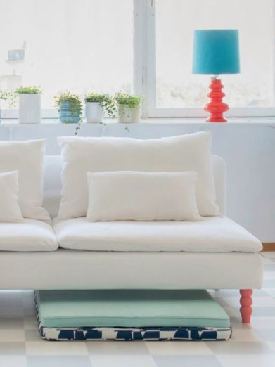 Inspiring minimalist sofa design ideas 18