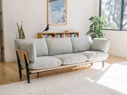 Inspiring minimalist sofa design ideas 33