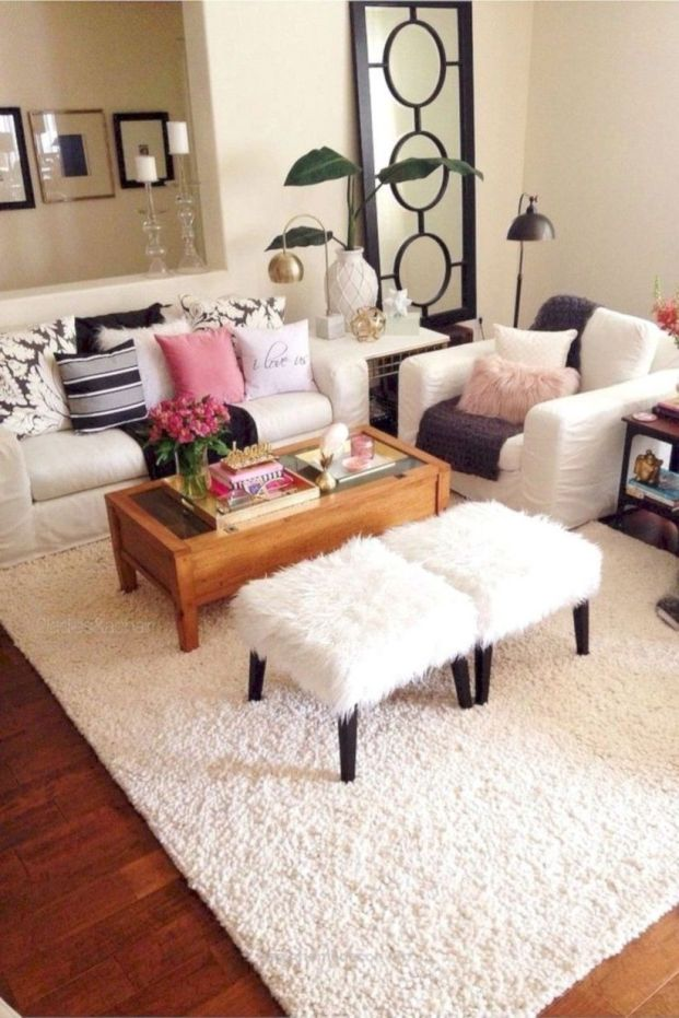 Inspiring small living room apartment ideas 48