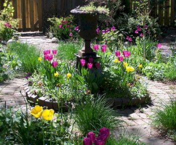 Lovely flowering tree ideas for your home yard 41