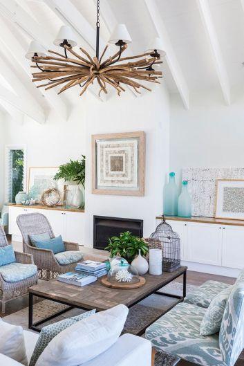 Lovely rustic coastal living room design ideas 01