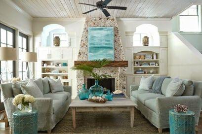 Lovely rustic coastal living room design ideas 05