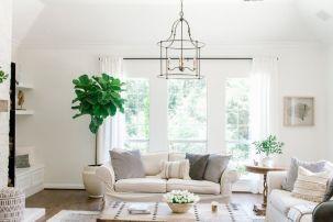 Lovely rustic coastal living room design ideas 08