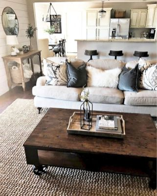 Lovely rustic coastal living room design ideas 11