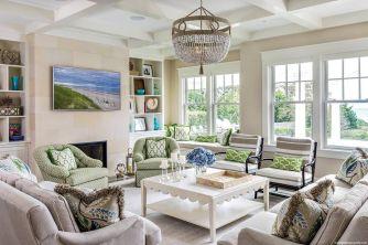 Lovely rustic coastal living room design ideas 34