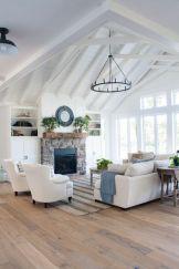 Lovely rustic coastal living room design ideas 49