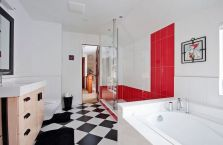 Most popular red black and white bathroom decor ideas 10