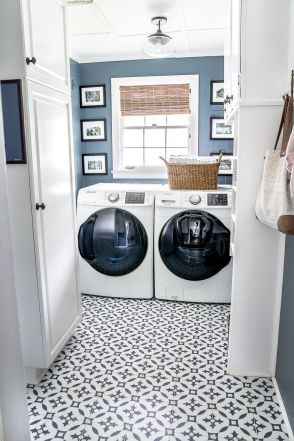 Outstanding black and white laundry room ideas 16
