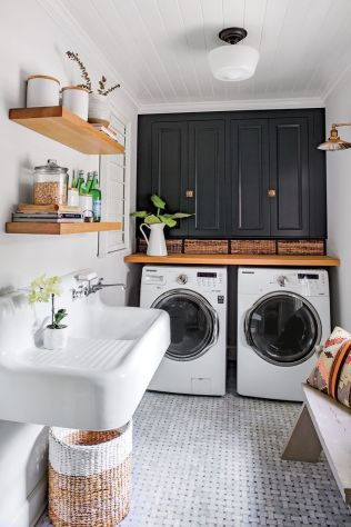 Outstanding black and white laundry room ideas 18