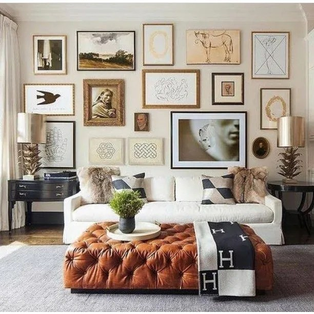 Stunning living room wall gallery design ideas 02