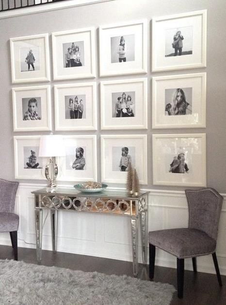 Stunning living room wall gallery design ideas 18