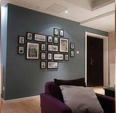 Stunning living room wall gallery design ideas 26