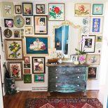Stunning living room wall gallery design ideas 35