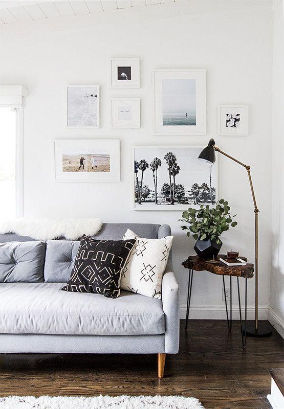 Stunning living room wall gallery design ideas 41