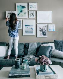 Stunning living room wall gallery design ideas 44