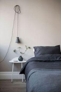 Stunning minimalist bedroom ideas on a budget 27