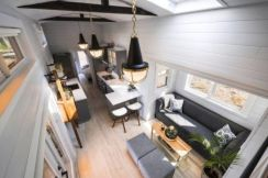 Unusual tiny living room design ideas for tiny house 17