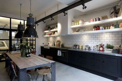 Amazing black kitchen design ideas 16