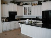 Amazing black kitchen design ideas 21
