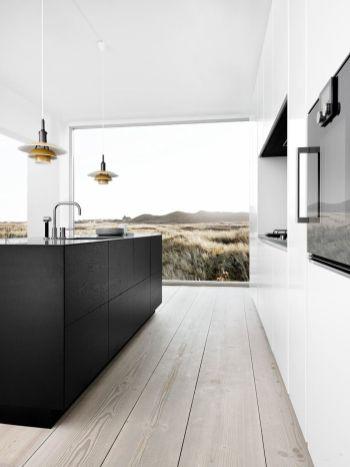 Amazing black kitchen design ideas 36