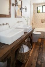 Fabulous small farmhouse bathroom design ideas 35