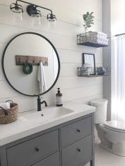 Fabulous small farmhouse bathroom design ideas 37