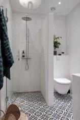 Fabulous small farmhouse bathroom design ideas 38