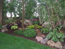 Great front yard rock garden ideas 20
