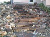 Great front yard rock garden ideas 29