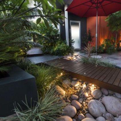 Great front yard rock garden ideas 44