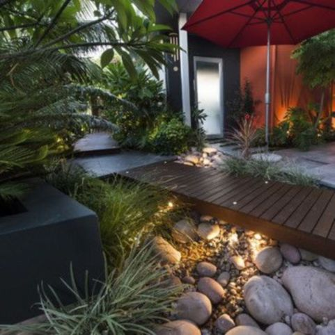 Great front yard rock garden ideas 44