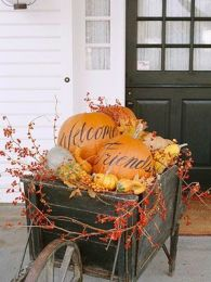 Modern diy autumn decorations to fall for this season 32