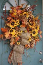 Modern diy autumn decorations to fall for this season 44