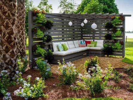 Popular privacy fence ideas 08