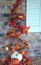 Pretty fall planters for easy outdoor fall decorations 20