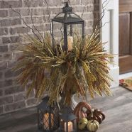 Pretty fall planters for easy outdoor fall decorations 22