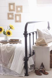 Simple master bedroom remodel ideas for summer 31