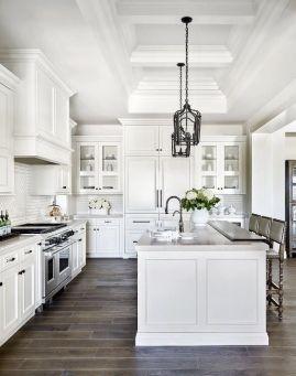 Stunning farmhouse kitchen cabinet ideas 03