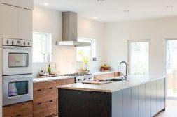 Stunning farmhouse kitchen cabinet ideas 05