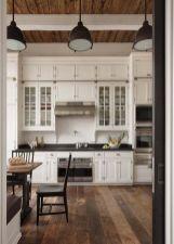Stunning farmhouse kitchen cabinet ideas 26