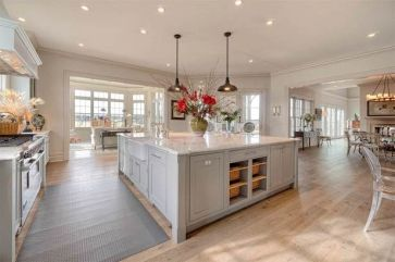 Stunning farmhouse kitchen cabinet ideas 31