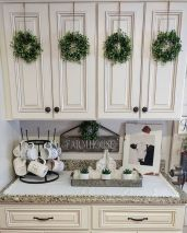 Stylish modern farmhouse kitchen makeover decor ideas 38