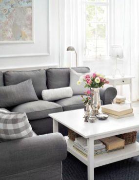 Ultimate romantic living room decor ideas 40
