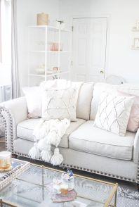 Adorable apartment living room decorating ideas 05