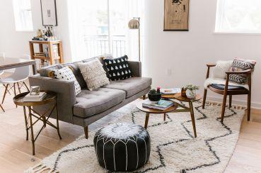Adorable apartment living room decorating ideas 44