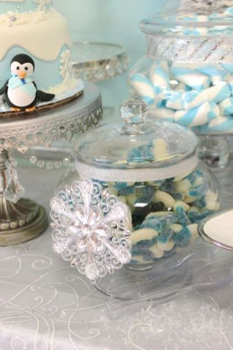 Charming winter wonderland party decoration kids ideas 03