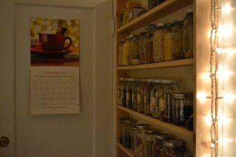 Fantastic kitchen organization ideas for small apartment 21