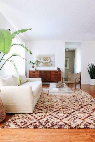 Modern white living room design ideas 46